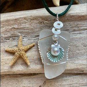 Shell with pearl sea glass necklace